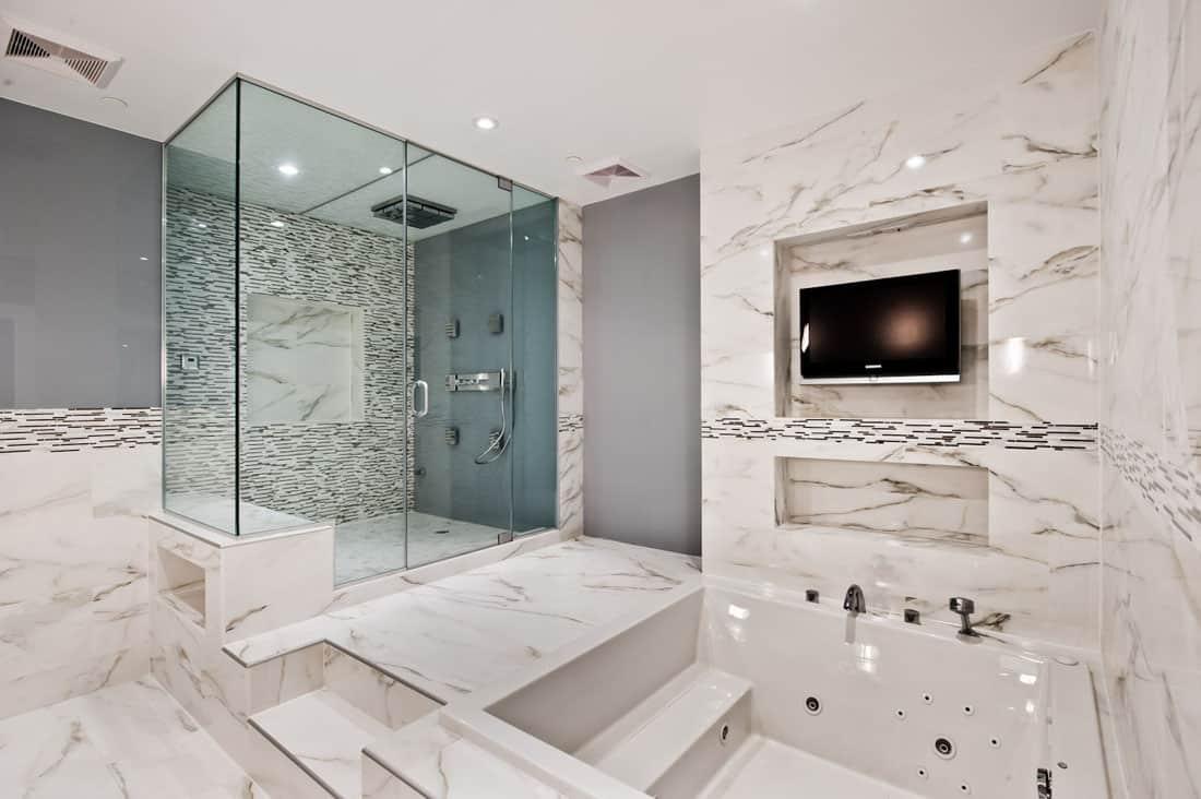 cửa kính nhà tắm