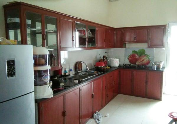 tủ bếp bằng nhôm