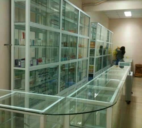 tủ thuốc tây nhôm kính